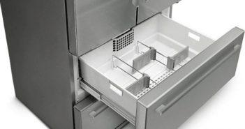 Masser af plads i dette SMEG amerikaner køleskab